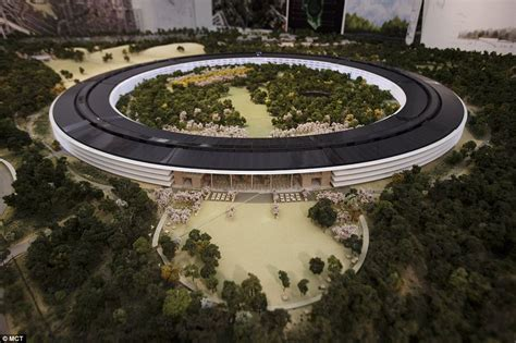 new apple headquarters drone footage reveals the foundations of apples new donut