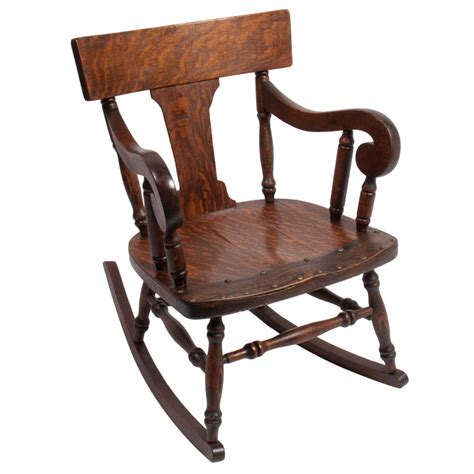 Early American Dining Room Furniture by Tips On Checking Antique Rocking Chairs We Bring Ideas