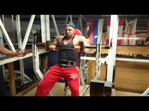 narrow grip upright chest press  muscle limit gym youtube