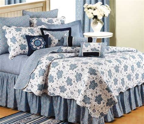 blue quilt bedding chesapeake bay blue quilt and bedding
