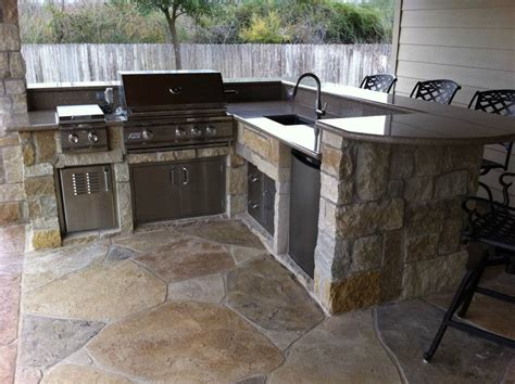 outdoor patio kitchen fotogalerie kitchen with granite counter and raised bar custom