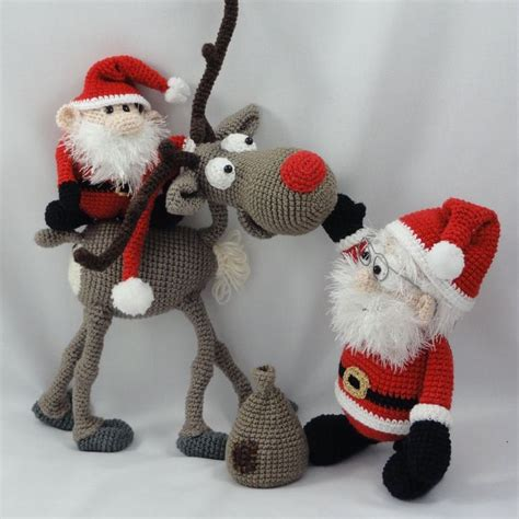 amigurumi pattern for christmas 17 best images about christmas amigurumis on pinterest