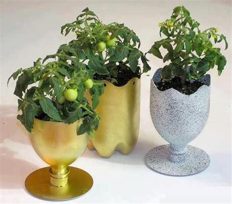membuat kerajinan tangan pot bunga hias unik