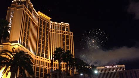 new year 2018 in vegas 2018 new years fireworks in las vegas