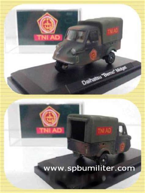 Harga Grosir Miniatur Bemo mobil miniatur bemo tni ad 8cm spbu militer