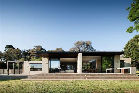 design home material world series peninsula house architectureau