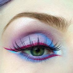 Eye Liner Pixy marsh with fly from venus2 click to shop limecrime