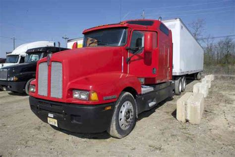 Kenworth T600 Studio Sleeper For Sale by Kenworth W900 2007 Sleeper Semi Trucks