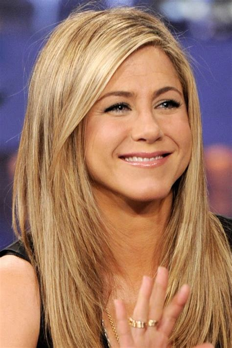 the base color of jennifer anistons hair color best 25 jeniffer aniston ideas on pinterest jennifer