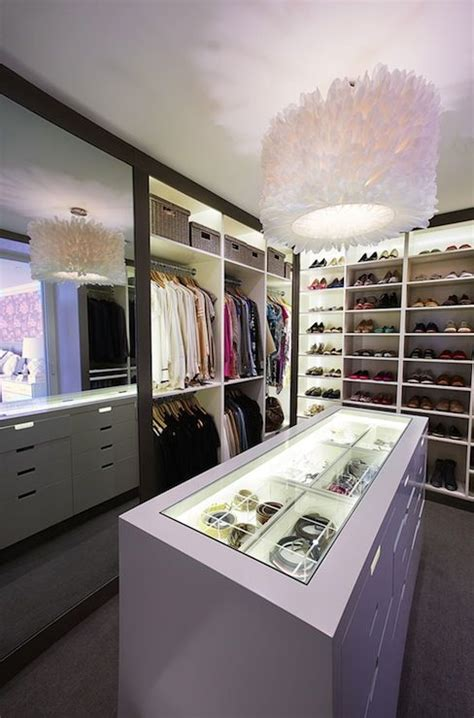 Island Closets by 17 Best Ideas About Closet Island On Beautiful