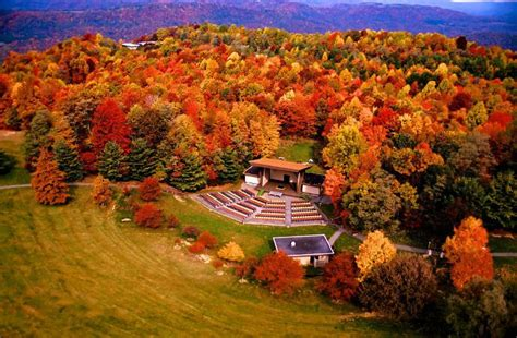 virginia state colors the best times and places to see fall foliage in west