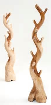 Natural wood coat rack 1 urdezign lugar