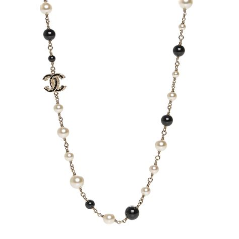 pearl bead necklace chanel pearl bead enamel cc necklace black gold 186551