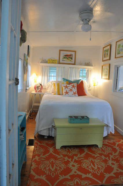 coastal cottage bedroom ideas best 25 beach cottage bedrooms ideas on pinterest cottage bedrooms seaside bedroom