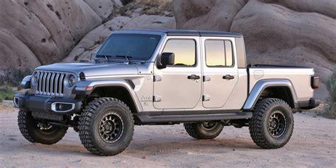 jeep gladiator wd  lift kits fabtech