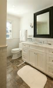can you use laminate flooring in a bathroom can you use laminate water resistant floor in bathroom