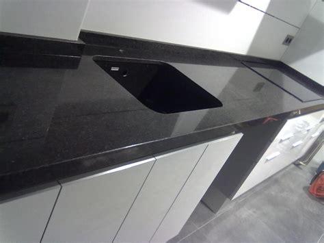 Tope Color encimera granito negro sudafrica marmoles vedat s l u
