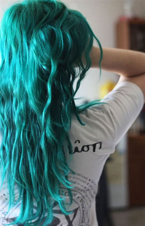 teal hair for 60 year old 25 best ideas about teal hair on pinterest teal hair