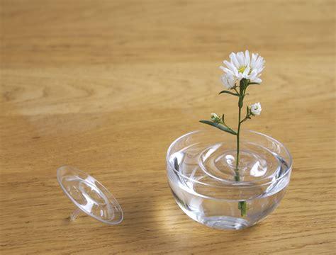 Floating Vases by Source Cubeme Designboom