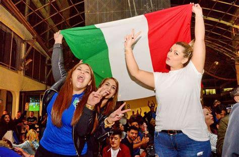 italiener stuttgart west fu 223 em in stuttgart italiener feiern squadra azzurra