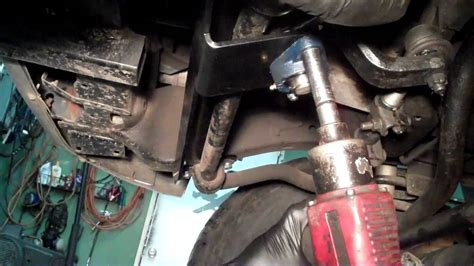 install  dodge ram steering gear box stabilizer