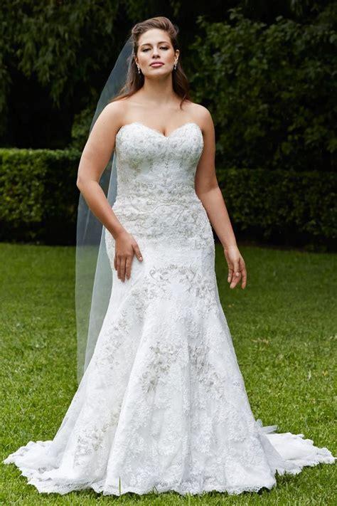 25  best ideas about Plus size brides on Pinterest   Plus