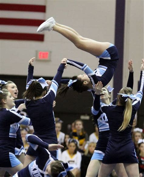 ihsa cheer sectionals suburban cheerleading squads move on to state finals