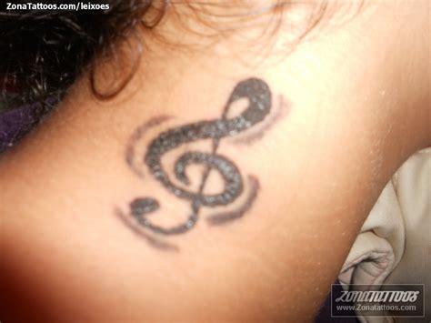 imagenes de tatuajes de notas musicales tatuaje tatuajescala notas musicales sica car interior