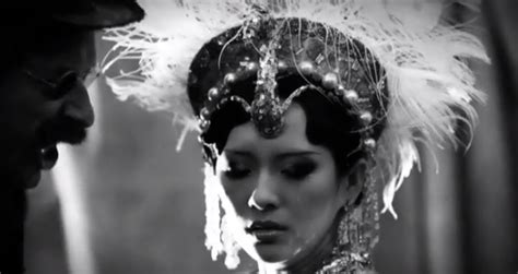 coldplay zhang ziyi zhang ziyi stars in coldplay s new mv cfensi