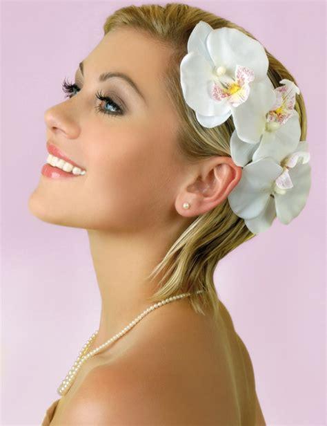 Hochzeitsfrisur Accessoires by Brautfrisuren F 252 R Kurze Haare Haarschnitt Ideen Und