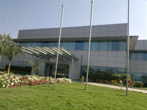 volkswagen pune file volkswagen india private limited pune office plant