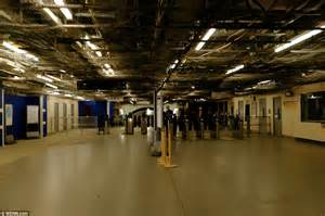 Vauxhall Underground Strike Begins As Commuters Pack Onto Last
