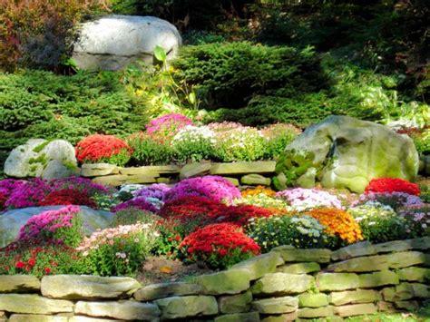 Fall Landscape Flower Beds Pinterest Autumn Flowers For The Garden