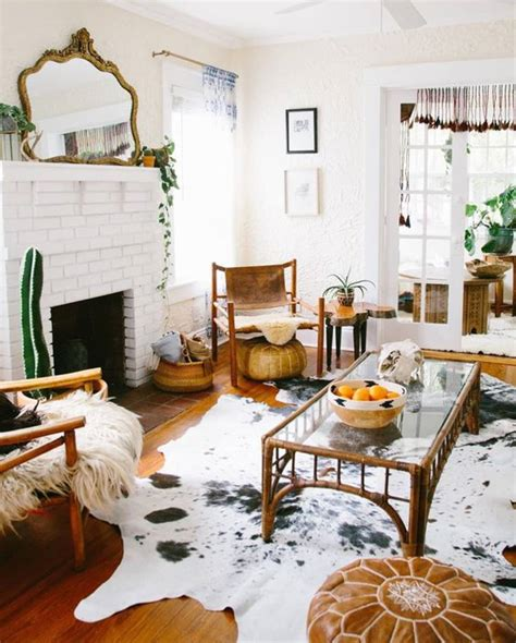 Cowhide Rug Living Room by Rooms Featuring Cowhide Rugs Where To Get One For