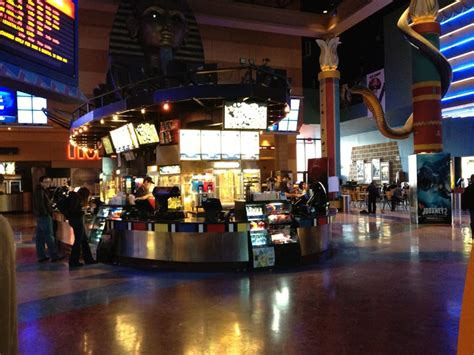 cineplex odeon calgary what s open in calgary on christmas day 2015 notable life