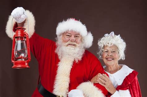 you can get a job as mrs claus at a christmas kingdom