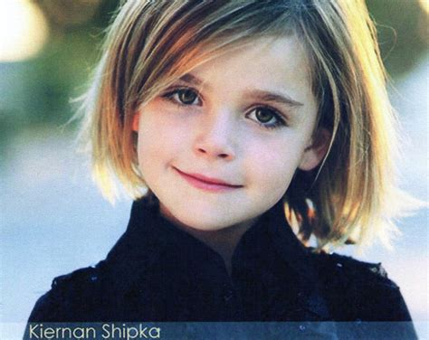 chin lenght hairstyles for childrens adorable little girl with chin length bob haircut for