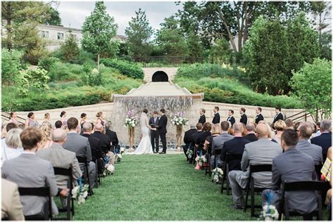 Alex   Joe   Des Moines Botanical Garden Wedding   Iowa