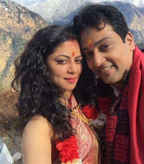 actress of kedarnath kavita kaushik s wedding at triyuginarayan temple in