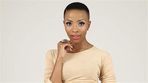 pearl modiadie haircut short hair pearl modiadie s engagement ring goes mia