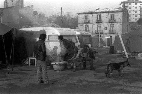 cucina avellinese foto terremoto 23 novembre 1980 in irpinia avellino tra