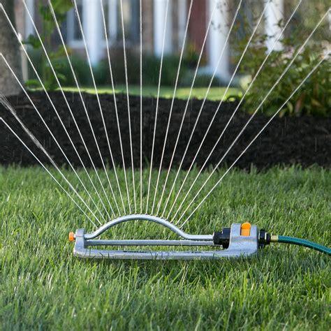 Kleiner Garten Ideen 2950 by Amazoncom Melnor 20261 Oscillating Sprinkler Waters Up