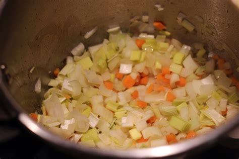 cocinar rabo de ternera timbal de patata rabo de toro salsa de 5 pimientas y