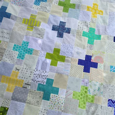Patchwork Quilt Blocks - low volume plus quilt block pattern totally stitchin