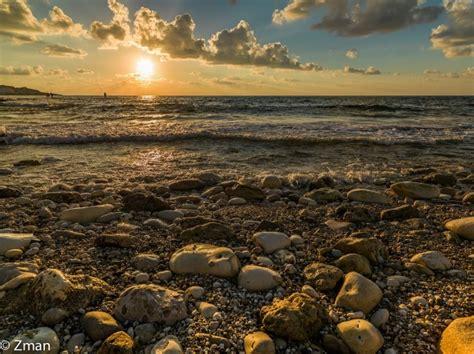 Pebble Beirut Hasselblad Hcd 28mm F 4 0 Caratteristiche E Opinioni Juzaphoto