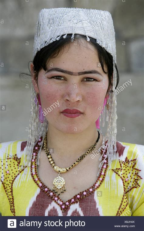 women uzbek stock photos women uzbek stock images alamy women uzbek stock photos women uzbek stock images alamy