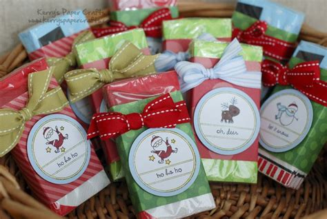 christmas at the falls craft and gift show 2018 kleenex stuffers so many ideas so