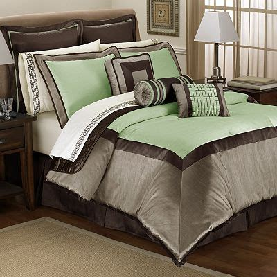 what color comforter goes with green walls pinterest the world s catalog of ideas