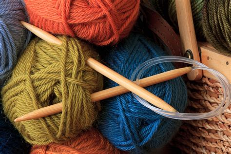 how do you knit with a circular needle knitting needle sizing information