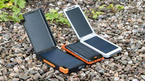 solar power bank test die beste solar powerbank die xtorm am121 evoke im test